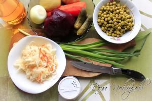 Сварите свеклу, морковь и картофель