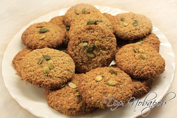 Овсяное печенье готово, оно не только вкусное, но и невероятно полезное