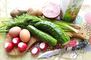 Заранее сварите картошку и яйца