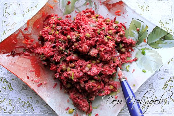 Перемешайте салат перед трапезой