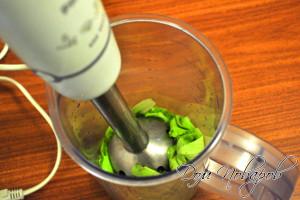 С помощью блендера сделать соус