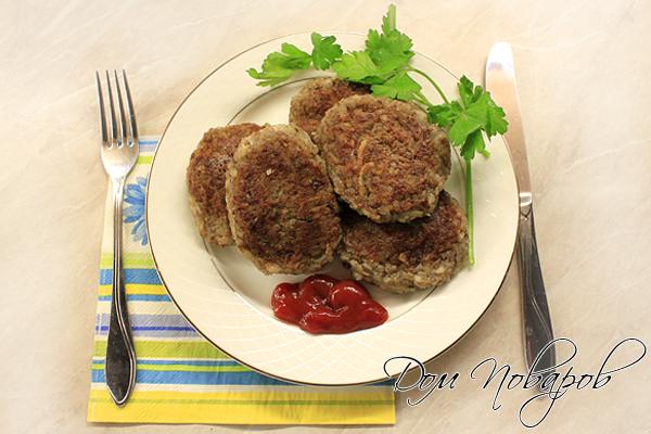 Аппетитные гречневые котлеты без мяса готов