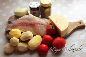 Разморозить морской язык, очистить картофель и луковицу
